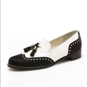 Stuart Weitzman 7 Guything Loafers White and Black